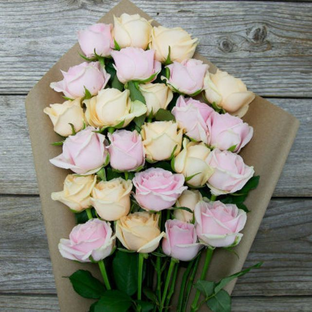 pink and peach rose bouquet 6